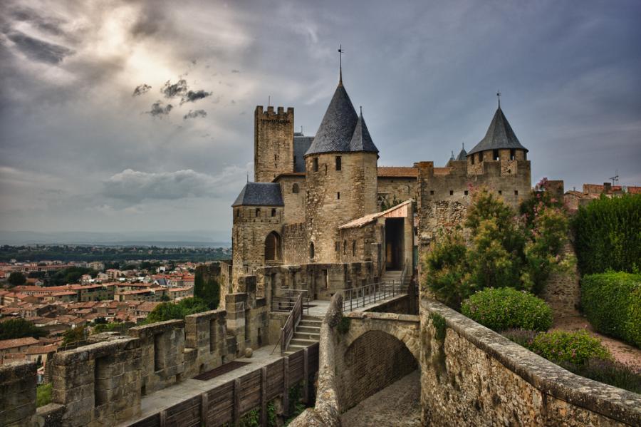 Картинки по запросу Увлекательное путешествие во Францию